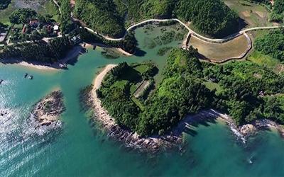 Đảo Cái Chiên có quy mô nghiên cứu khoảng 2.550 ha (bao gồm toàn bộ diện tích đảo Cái Chiên), tổng mức đầu tư khoảng 7.108 tỷ đồng.